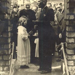 1. Opening 1940